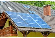 Peut-on installer des panneaux solaires sur un toit amianté ?
