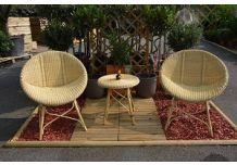 Faire de votre terrasse un lieu convivial pour l'été avec un salon de jardin résine