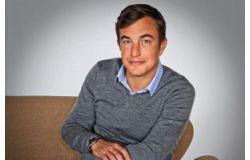 Olivier Bourdeaut, un ex-employé d'Allodiagnostic cartonne en librairie.