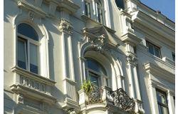 Investir dans l'immobilier en France ou à l'étranger : avantages et inconvénients